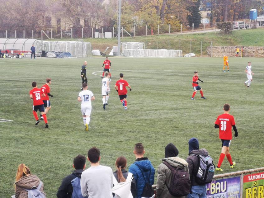 Két edzőmérkőzést is játszott az U17