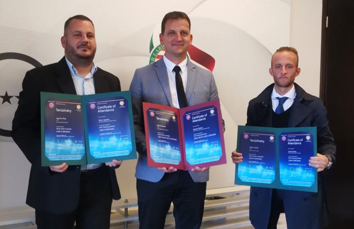 UEFA diplomákat vettek át edzőink