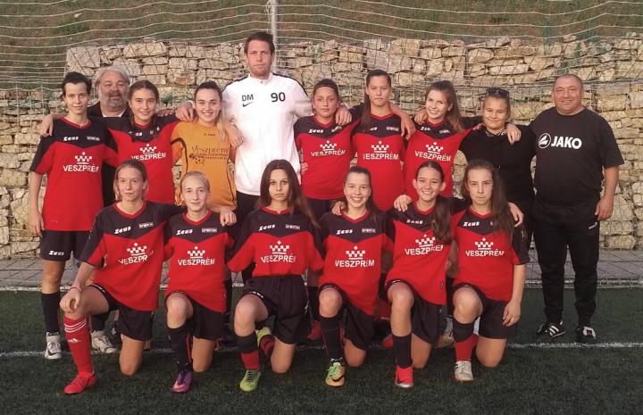 Óriási hajrával győztek lányaink az országos leány U16-os bajnokságban.